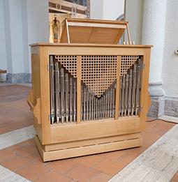 Orgelbau Kaps, Truhenorgel, St. Anna, Lehel